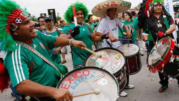 Video: Entre problemas, México no pierde la fe