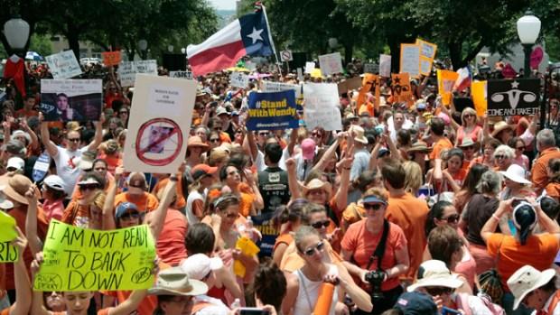Video: Se renueva la guerra sobre el aborto