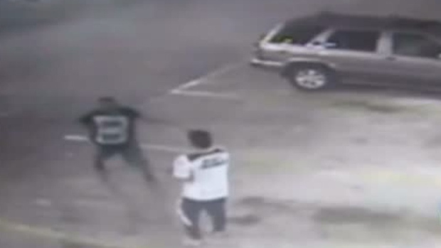 Video: Robo de auto termina en explosión