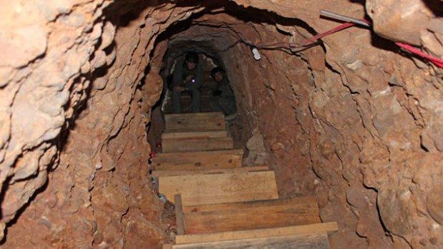 Video: Descubren túnel en la frontera de México