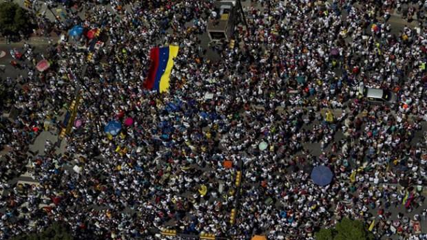 Video: Venezuela: matan a un capitán y 2 civiles