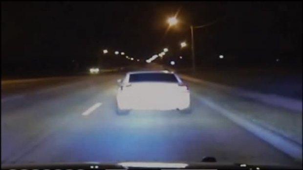 "Video: Perseguido llega ""solito"" a la cárcel"