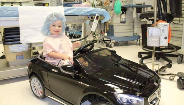 [TLMD - NATL] ¡De lujo! Llegan en auto al quirófano, justo antes de operarse
