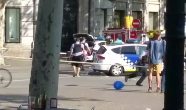 Abatidos 'varios terroristas' al sur de Barcelona — Policía catalana