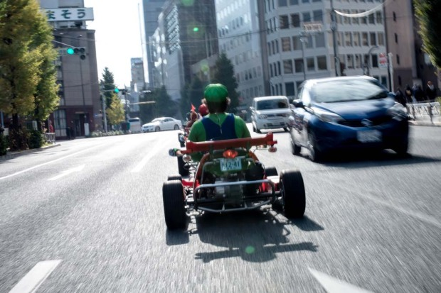 """""""Mario Kart"""" se apodera de las calles de Tokio"""