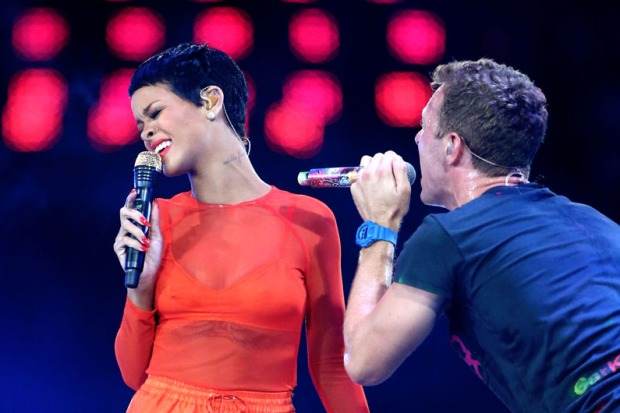 Rihanna, entre la música y el tormento