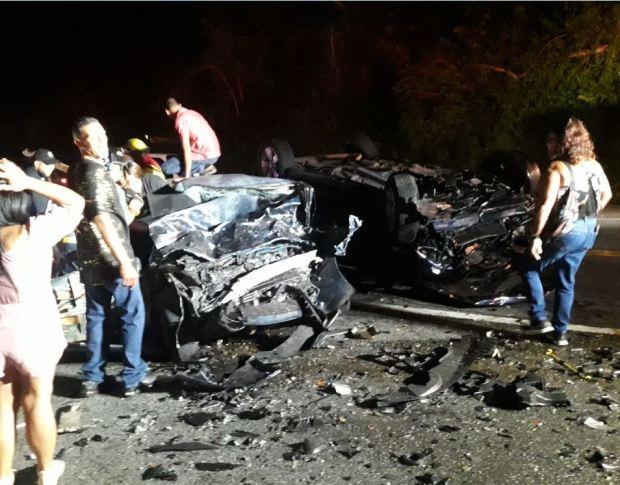 Pareja pierde la vida en accidente de tránsito