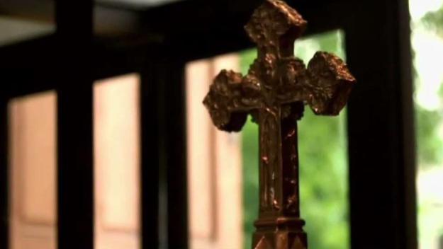 Sacerdotes de diócesis de Las Vegas en suspensión tras denuncias de abuso