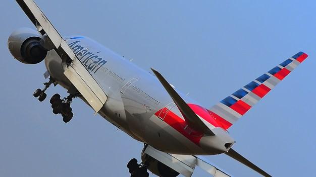 Avión aterriza en Base Nellis por falta de gasolina