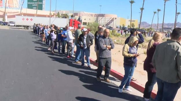 Largas filas alrededor de Nevada para comprar lotería