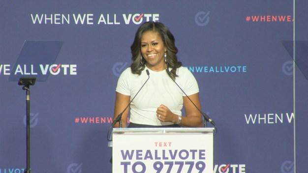 Michelle Obama invita a nevadenses a salir a votar