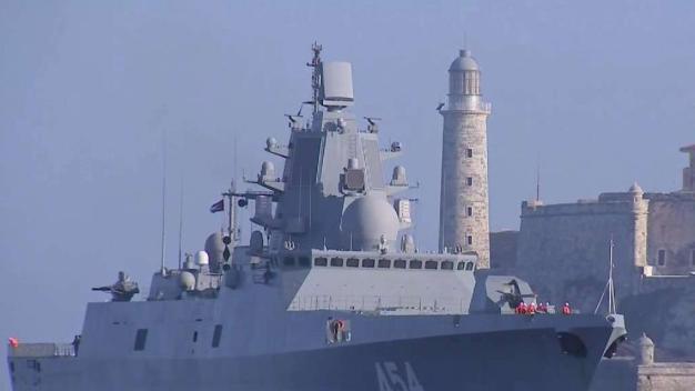 Modernos buques de guerra rusos atracan en La Habana