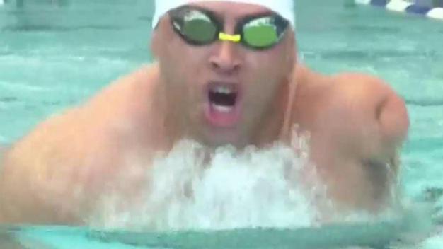 Cubano paralímpico brilla en natación