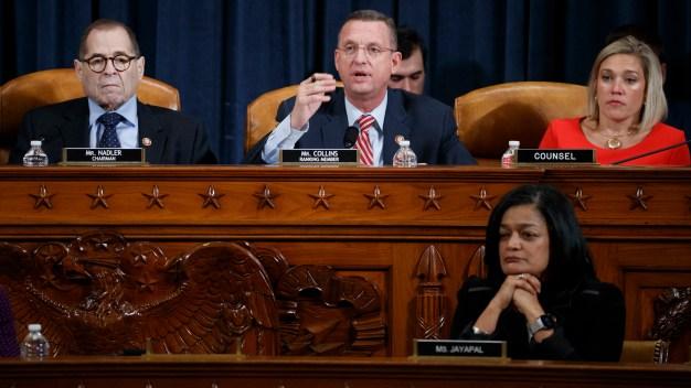 Comité Judicial de la Cámara debate cargos contra Trump