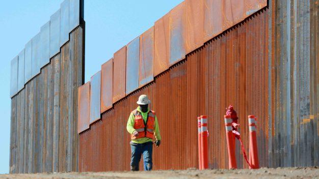 Alabama permitiría donar reembolsos para construir el muro