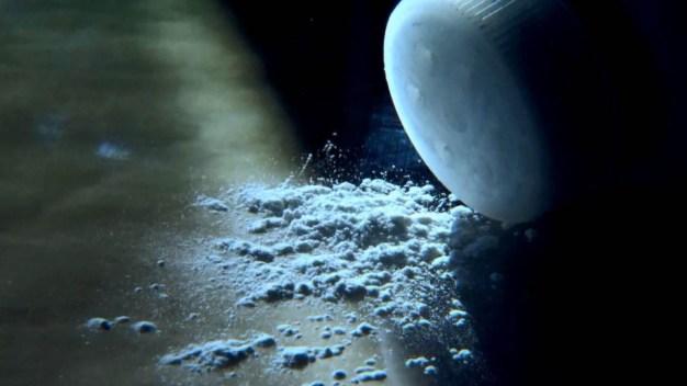 Retiran más de 30,000 botellas de talco para bebé con restos de asbesto