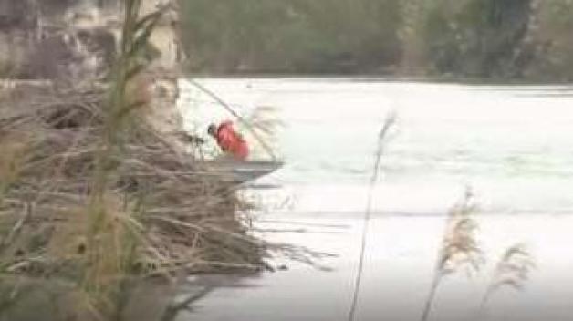 Tragedia en el río: madre migrante muere con su hijo en brazos
