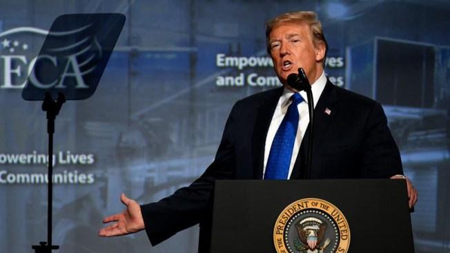 """Trump pide a republicanos """"luchar"""" contra juicio político"""
