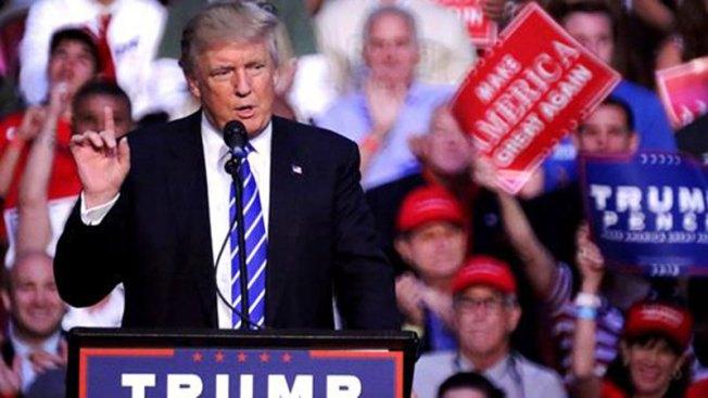 Llega Donald Trump a México para reunirse con Peña Nieto