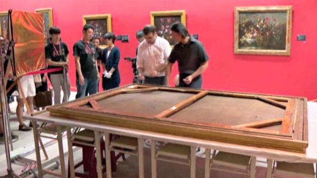 Niño tropieza en museo y arruina obra millonaria