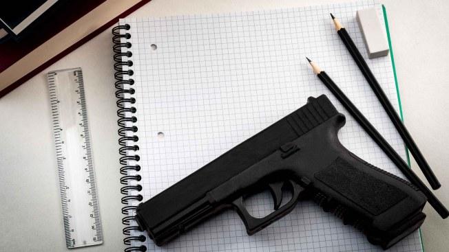 Reportan disparos en escuela secundaria de Nuevo México sin heridos
