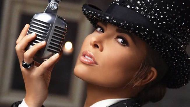 Gloria Trevi cantaría para Donald Trump