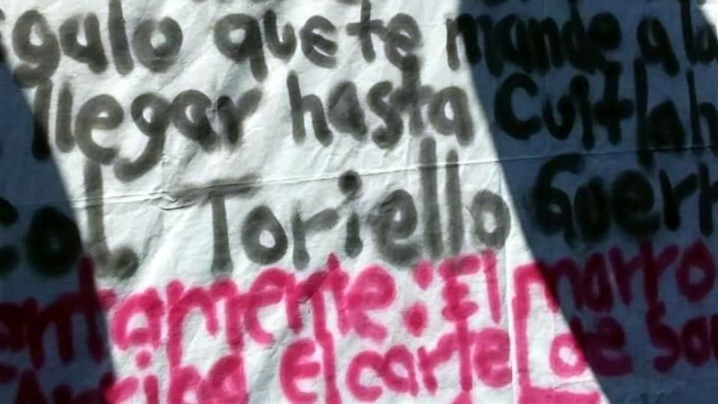 Cartel amenaza a AMLO a través de una narcomanta