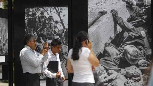 A un año del sismo, fotoperiodistas se reencuentran