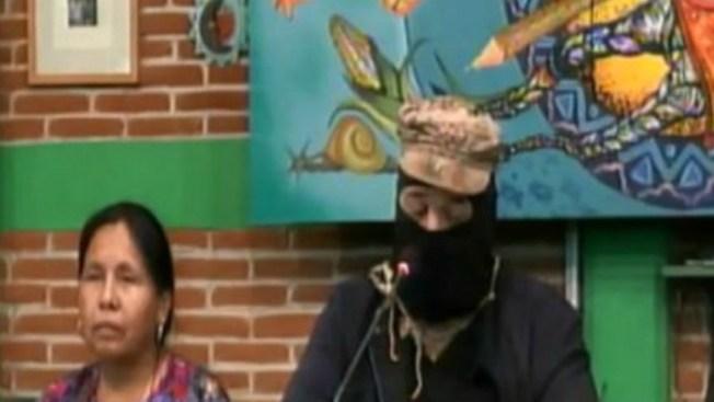 Zapatistas reaparecen con críticas al sistema electoral