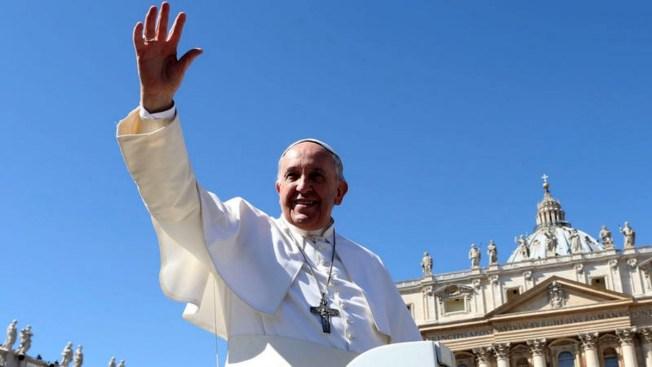 El Papa Francisco llega a su continente natal