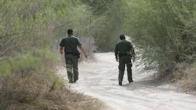 EEUU seguirá deteniendo a familias migrantes
