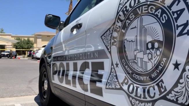 Policía: matan a hombre saliendo de negocio en Las Vegas