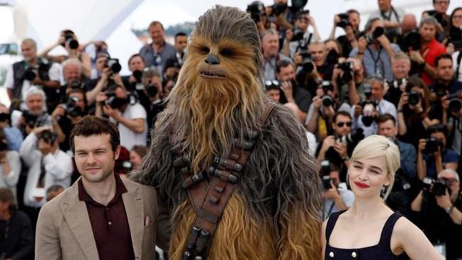 """La esperada """"Solo: A Star Wars Story"""" llega a los cines"""