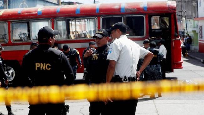 Guatemala: explosión de granada en autobús deja siete heridos