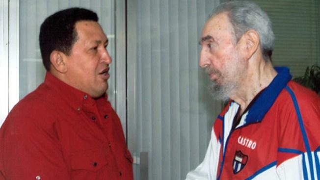 Castro habla de la muerte de Chávez