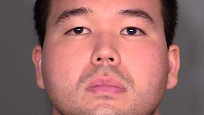 Arrestado con marihuana y tarjetas faltas
