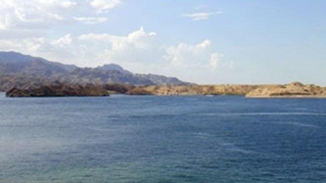 Rescatan cadáver en el Lago Mohave