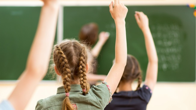 Faltan más de 500 maestros en Las Vegas