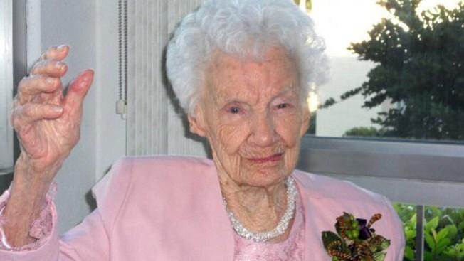 Muere la persona más anciana del país