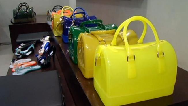 Trasvestis roban en tienda de lujo