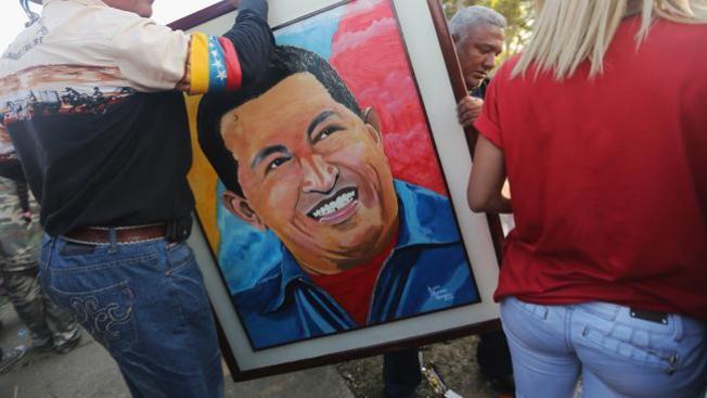 """Humilde capilla """"santifica"""" a Chávez"""