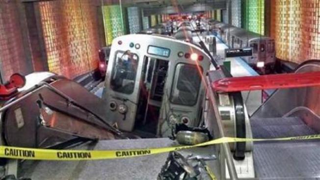 Se descarrila tren en Chicago: 32 heridos