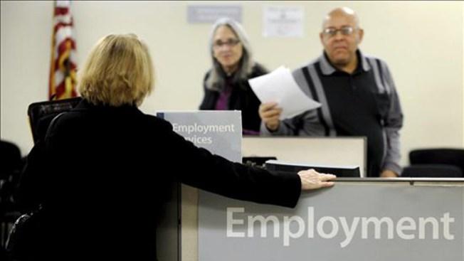 Bajan las solicitudes por desempleo