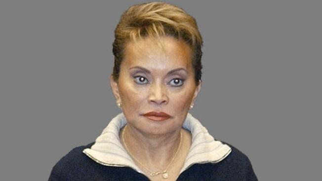 Quiere Elba Esther prisión de lujo