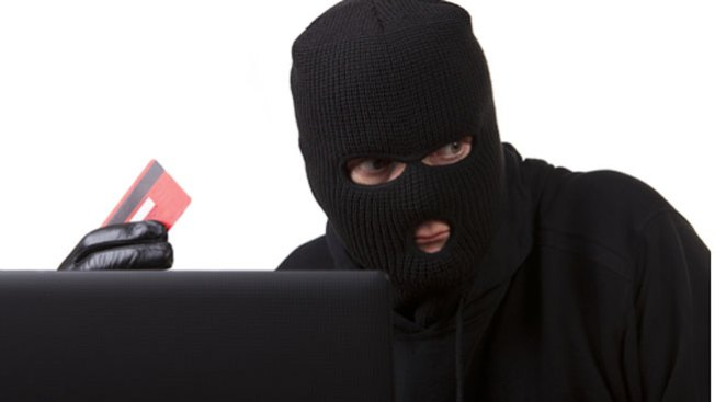 Masivo fraude con tarjetas de crédito