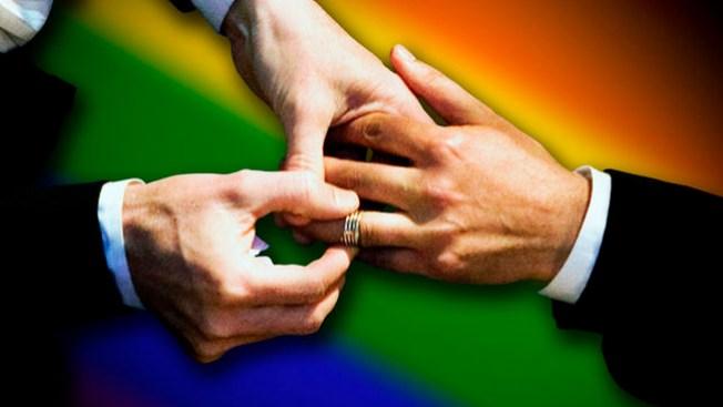 Uruguay aprueba matrimonios gay