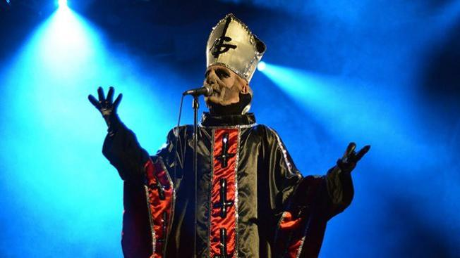 Papa Emeritus II, el Papa rockero