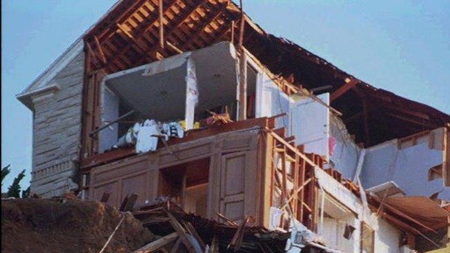 Ya van 14 muertos por deslave de tierra