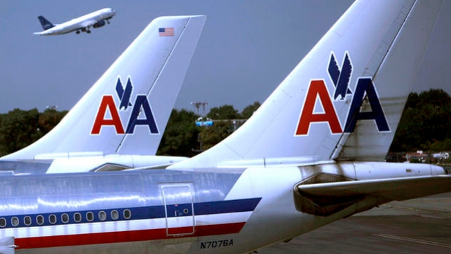 American cancela 300 vuelos