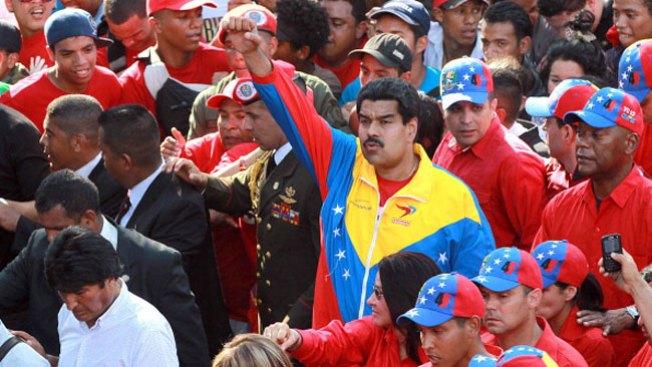 Maduro promete enorme alza salarial